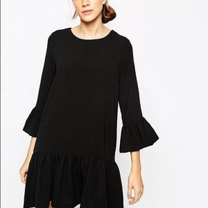 Gianni Black Santa Monica Dress Fluted Sleeves